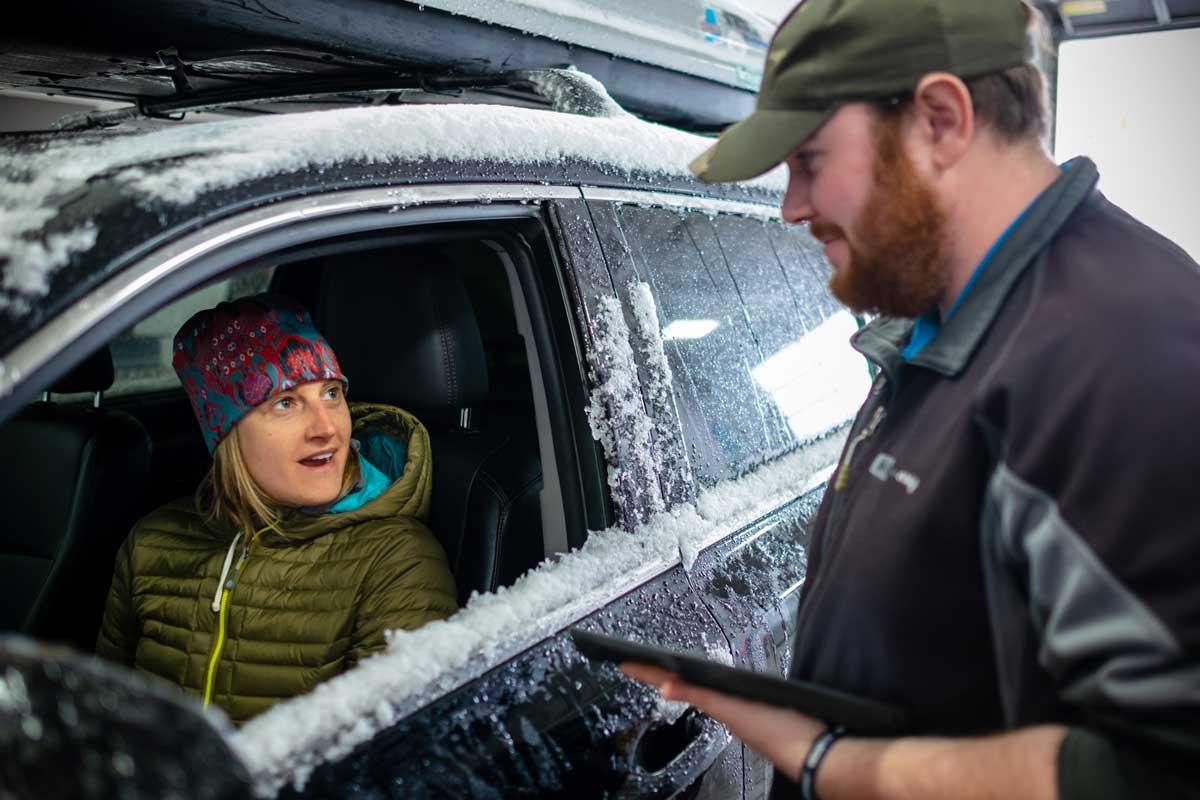 Man meeting Woman in car